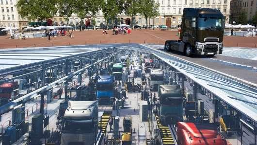 Компанія Renault створила найбільший у світі 3-d малюнок на вулиці