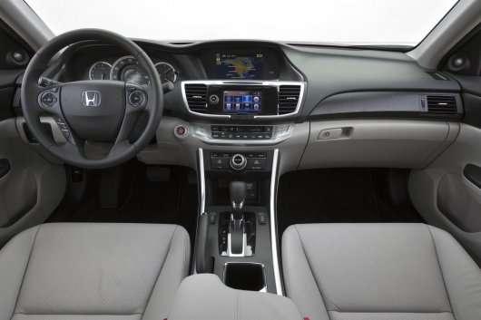 Седани 2013 і 2014 роки | Тестові порівняння | Honda Accord 2013