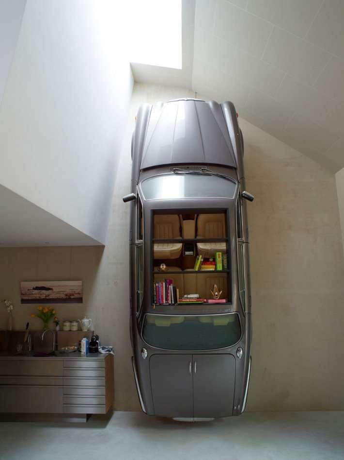 Розкішні автомобілі, як частину домашнього декору