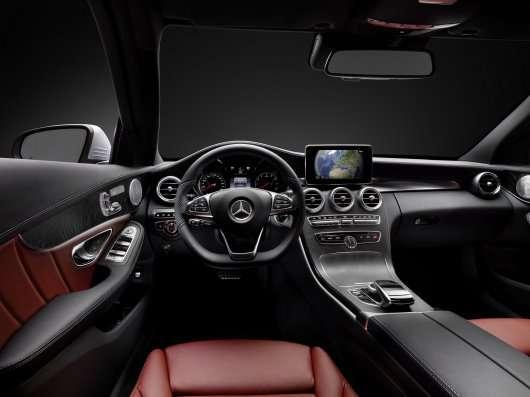 Mercedes розкрив деталі нового автомобіля С-класу