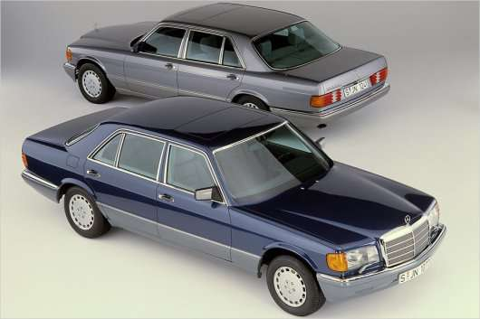 Mercedes S-class: Історія моделі