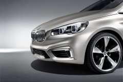 BMW 2-Series Active Tourer проти Kia Carens MPV